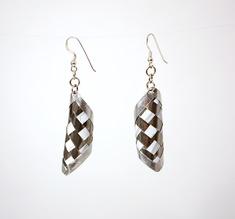 Round pair of silver earrings