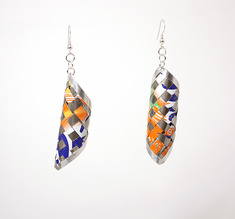 Round pair of earrings orange
