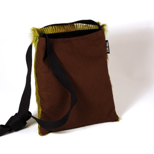 Sling bag, springbok lime