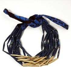 Halsband guld och blå med tyg
