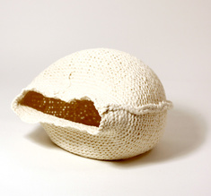 "Knitted bowl ""The clam"", big"