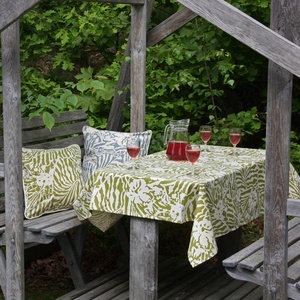 Botanical Zebra Tablecloth, Wasabi green