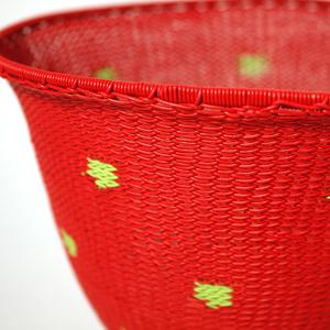 Skål telefontråd röd med gula prickar